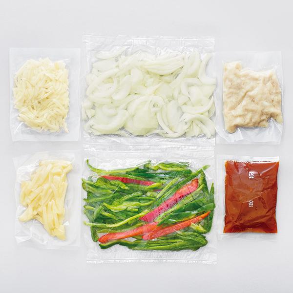 CooKit オイスターソース風味が香る青椒肉絲(チンジャオロウスー) まるごと献立キット クッキット 商品画像 (1)