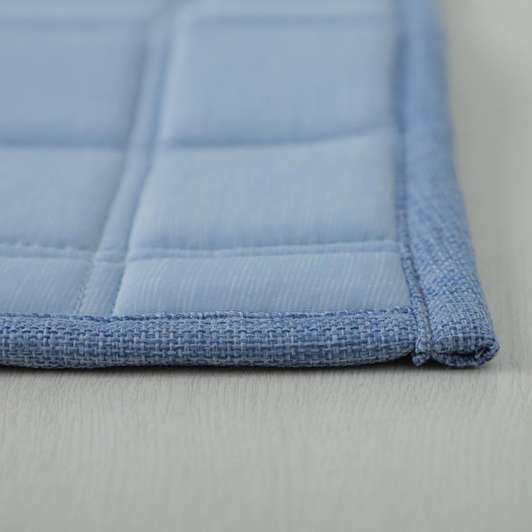 HOME COORDY COLD 接触冷感キルトラグ(冷) 130×185cm(1.6畳相当) 商品画像 (2)