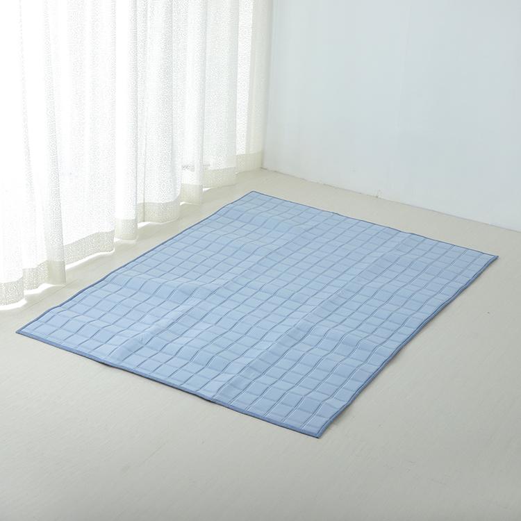 HOME COORDY COLD 接触冷感キルトラグ(冷) 130×185cm(1.6畳相当) 商品画像 (メイン)