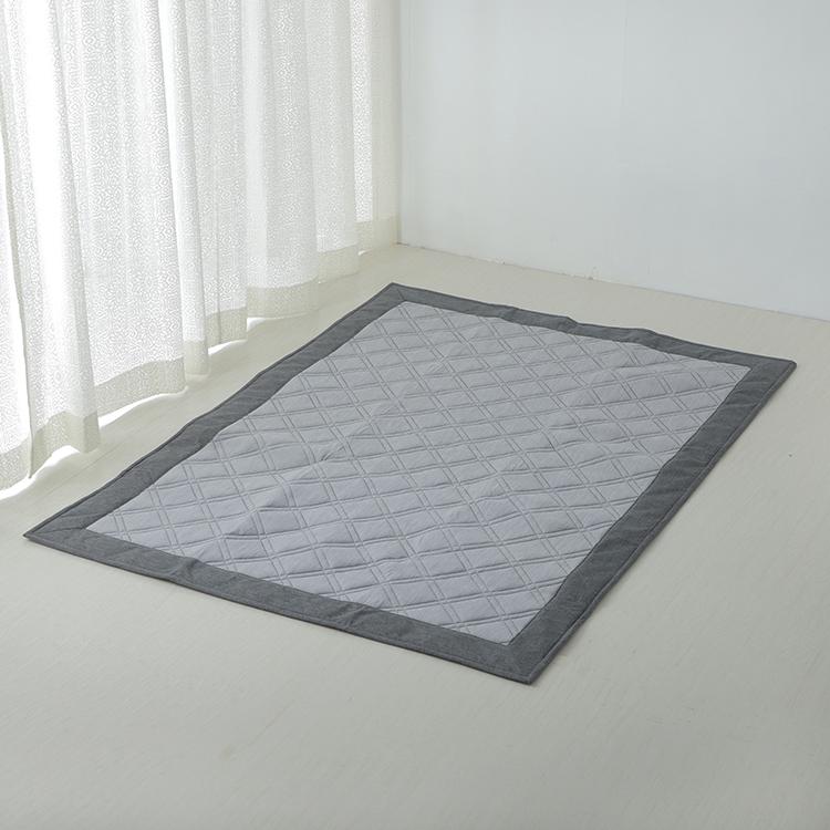 接触冷感キルトラグ(強冷) 130×185cm(1.6畳相当)
