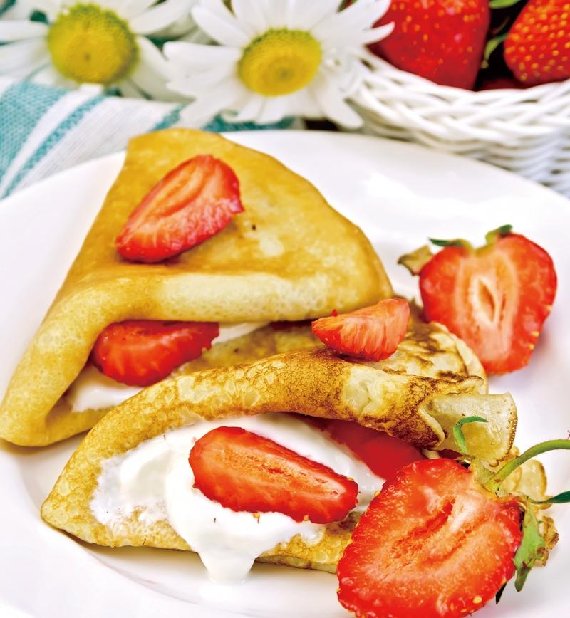 薄焼きホットケーキのギリシャヨーグルト&フルーツサンド レシピ画像