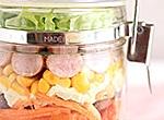 トマトドレッシングでウインナーとポテトサラダのジャーサラダ レシピ画像