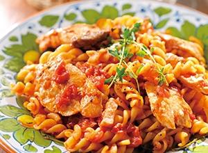 フライパンでぶりとトマトのラグーパスタ レシピ画像