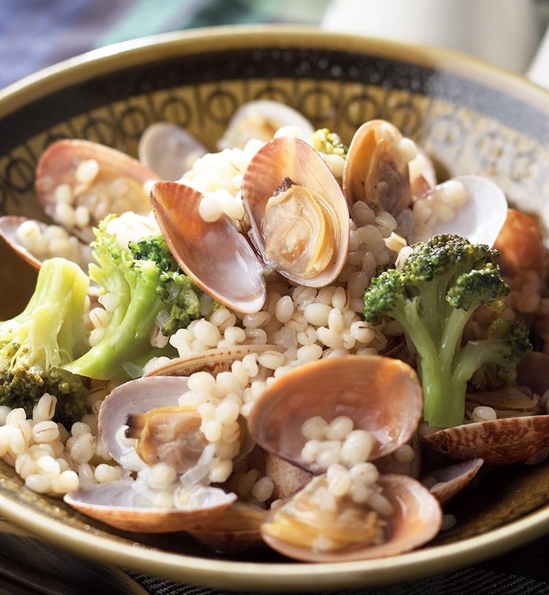 ボンゴレガーリックバジルのもち麦リゾット レシピ画像