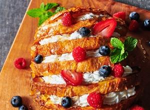 ハッセルバック風フレンチトーストケーキ