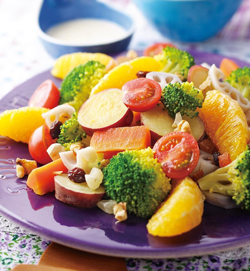 オレンジと野菜のサラダ 胡麻ヨーグルトドレッシング レシピ画像