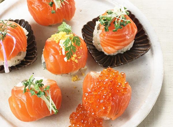 サーモンの手まり寿司 レシピ画像