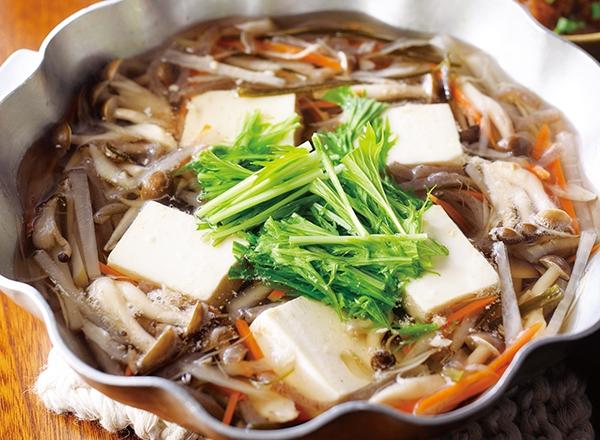 野菜たっぷり湯豆腐と3種のつけだれ レシピ画像