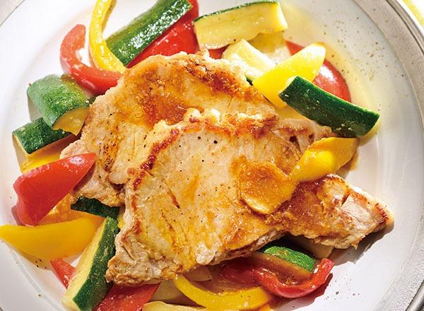 浅漬けの素で作る彩り野菜のポークソテー レシピ画像