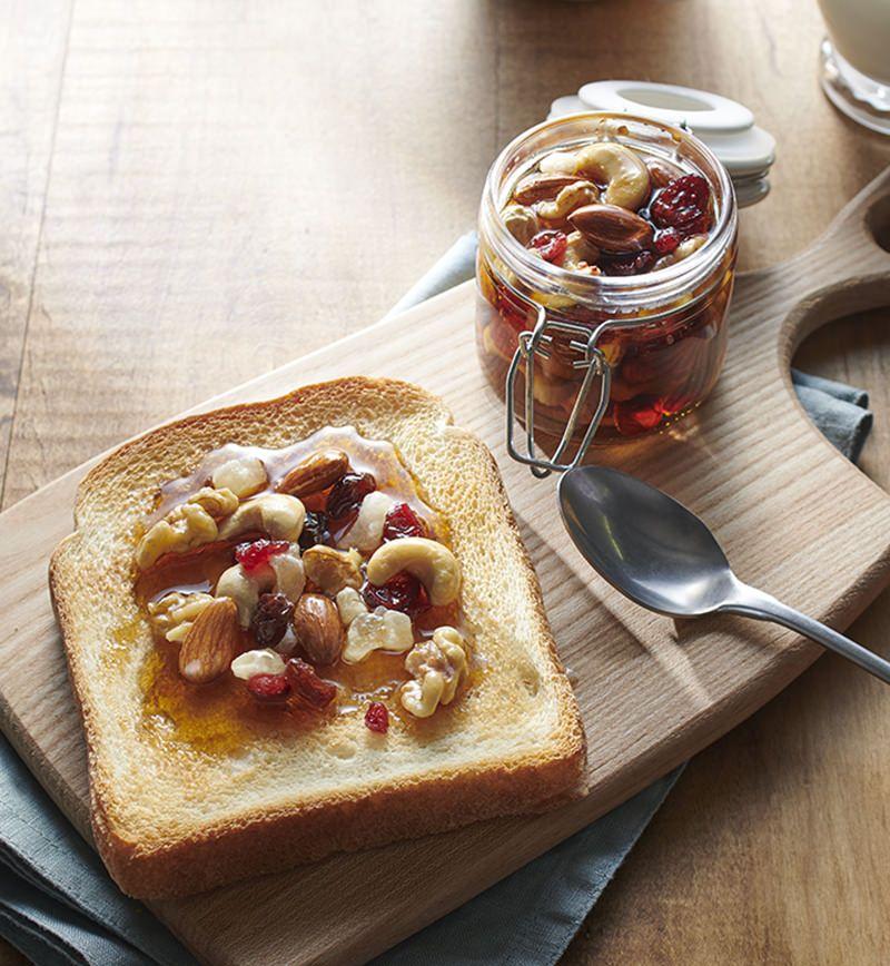 ナッツとドライフルーツのメープルシロップ漬け レシピ画像