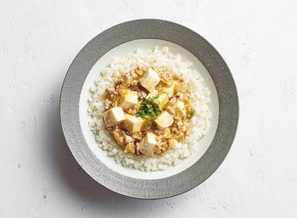 ごはんをカリフラワーに置きかえた 麻婆丼 レシピ画像