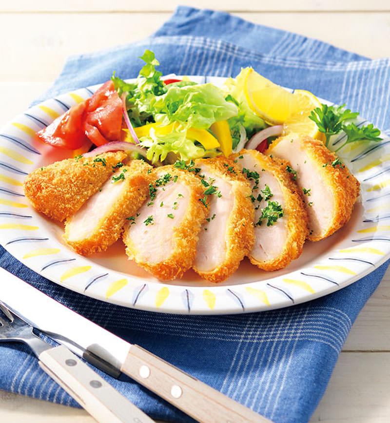 サラダチキンでつくる! しっとりチキンカツ レシピ画像