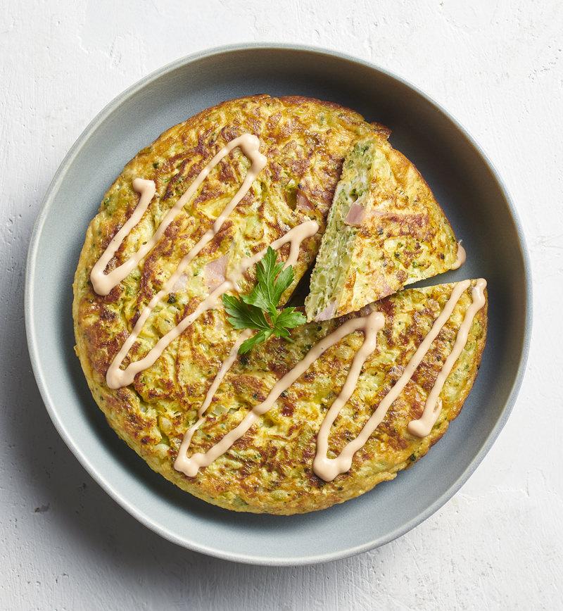 チーズとブロッコリーのスペイン風オムレツ レシピ画像