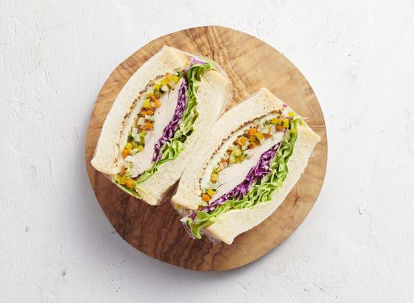 6種の彩り野菜をつかってアレンジ糖質オフ 彩りサンドイッチ レシピ画像