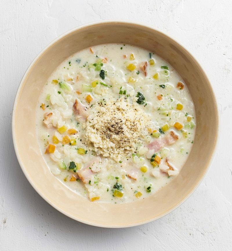 【ベジスープめし】ごはんの半分を6種の彩り野菜に置きかえた カラフルリゾット レシピ画像