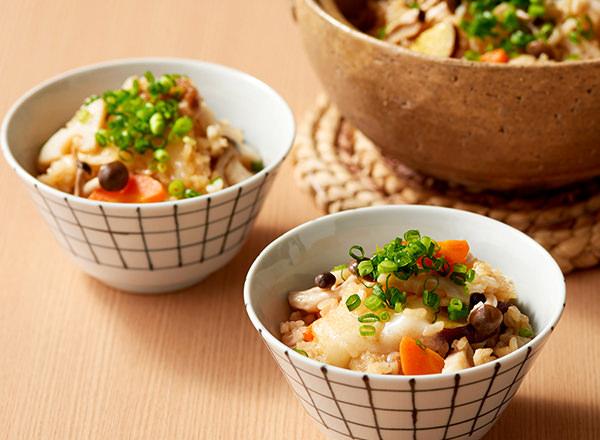 切り餅で作れる!根菜のおこわ風炊き込みご飯 レシピ画像