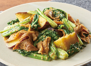小松菜とさつまいものごま和え レシピ画像