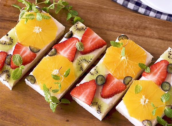 ギリシャヨーグルトのフルーツオープンサンド レシピ画像