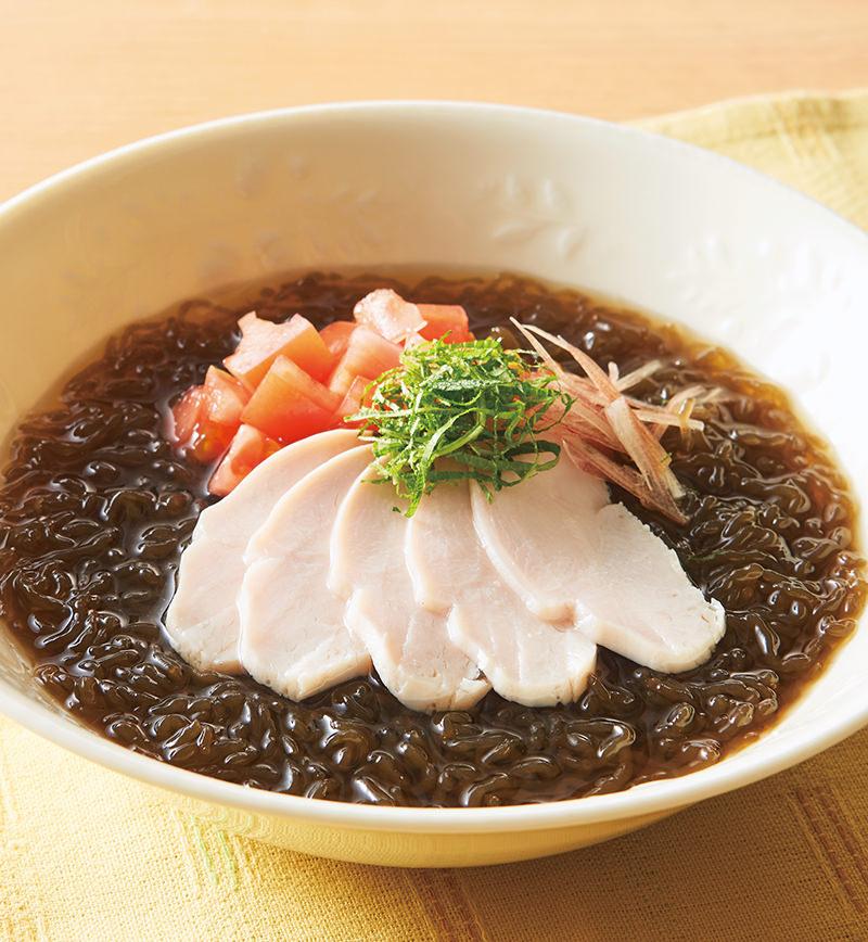 サラダチキンとトマトのぶっかけ海藻麺 レシピ画像