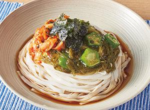 おくらめかぶの韓国風ネバネバ麺 レシピ画像