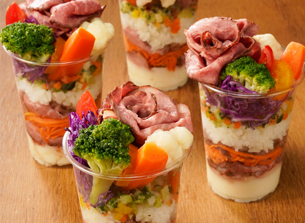 ローストビーフカップ寿司