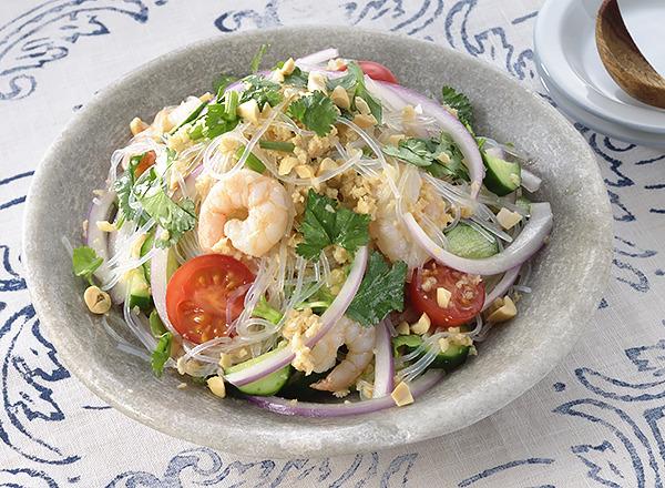 大豆ミンチを使ったタイ風サラダ
