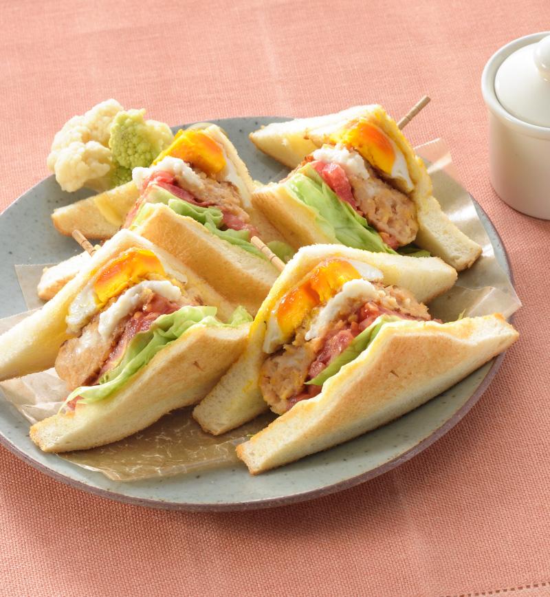 大豆ハンバーグのクラブハウスサンド レシピ画像