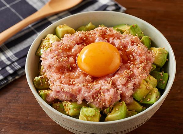まぐろのたたきポキ丼風 レシピ画像