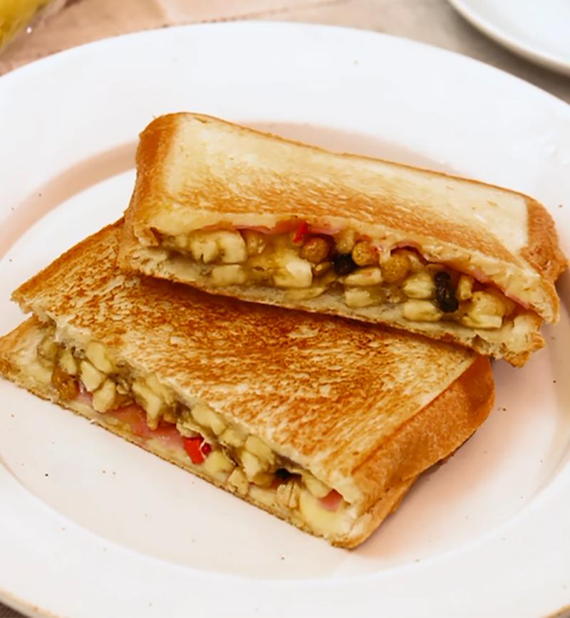 フライパンで簡単!バナナとベーコンのホットサンド レシピ画像