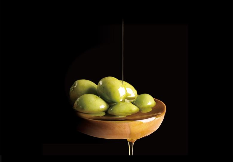 オリーブオイルで味わい深くヘルシーに