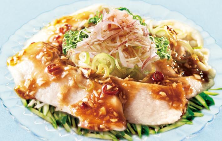 純輝鶏の水晶鶏サラダ