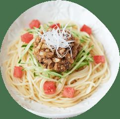 ゴロゴロ鰹節のジャージャー麺風